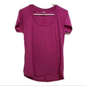 Calia by Carrie Underwood tee shirt